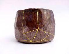 """Résultat de recherche d'images pour """"étapes kintsugi"""" Kintsugi, Images, Pottery, Beautiful, Decor, Art, December, Search, Ceramica"""