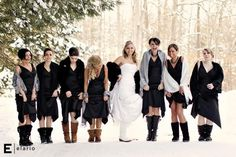 Snowy Winter Bride and Bridesmaids Photo ♥ Funny Christmas Wedding ♥ Photography Real Wedding Photo