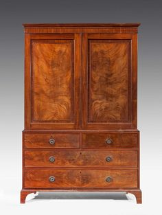 George III period mahogany Press (Ref No. 5700) - Windsor House Antiques
