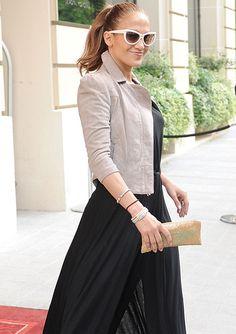 #JenniferLopez sporting only a few of her MANY Alwand Vahan pieces - repinned by #belloria #celebrityjewelry