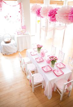 Beautiful pink party decor