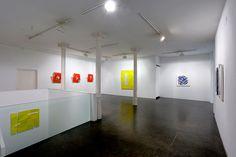 Fotografía del espacio de exposición del autor. Fotografía © Leslie Smith III. Imagen cortesía de Ponce+Robles.