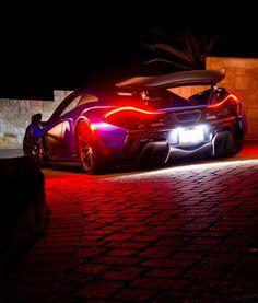 Blue-McLaren-P1