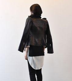 I love pebbled leather.