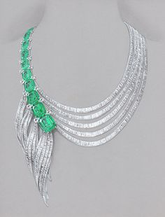 Rendering of diamond and emerald necklace designed by freelance jewelry designer Wooa Kim.