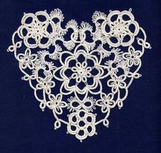 "TatsAmore, Martha Ess: Rococo Heart - ""My version of the Rococo Heart in one of Elgiva Nicholls' books."" #tatting #flower #heart"