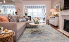 Property Brothers Season 5, Episode 19: The living room.