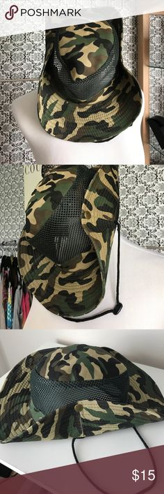 Nwot camouflage vented hat Brand-new never used adjustable camouflage vented men's hat Accessories Hats