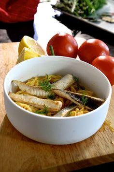 """Het lekkerste recept voor """"Fettucine met venkelsalade en vissoep """" vind je bij njam! Ontdek nu meer dan duizenden smakelijke njam!-recepten voor alledaags kookplezier!"""