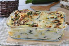 Il Pasticcio di zucchine e patate al forno e' un piatto completo ma anche un secondo davvero sfizioso e sostanzioso semplice da preparare!