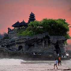 "Pura Tanah Lot (""Tanah Lot temple""), Bali island, Indonesia."