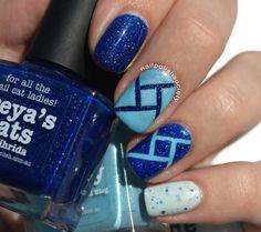 Nail Polish Society> piCture pOlish Blue Skittlette