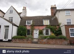 quaint-old-houses-in-wivenhoe-north-east-essex-near-cochester-england-ADYR2A.jpg (1300×956)