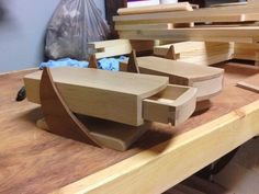 Cantilevered Jewelry Boxes