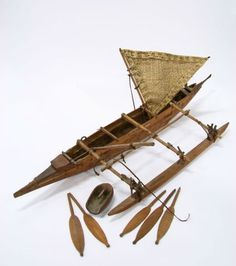 Bamboo Crafts, Wood Crafts, Bicycle Garage, Cool Gadgets For Men, Outrigger Canoe, Tree Trunks, Making Waves, Boat Building, Handmade Home Decor