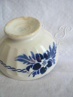 Bol Fleur bleue 13 cm style Digoin