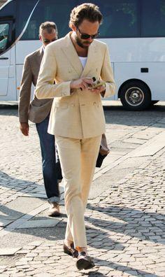 fashionwear4men:  takablotaro:Street style Pitti Uomo 88 – Powered by Louis Purple… http://thesnobreport.tumblr.com/post/121817226422