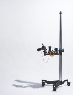 Studio stand and camera Mc Studio, Studio Layout, Studio Setup, Studio Ideas, Photo Studio Equipment, Photography Equipment, Photography Tools, Product Photography, Diy Camera Slider