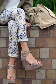OMG floral jeans, beige balenciaga, and tan suede wedges OUTFIT OF MY DREAMS