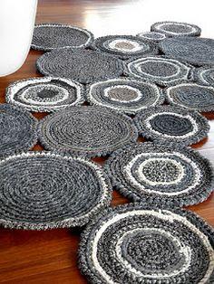 Patrones con trapillo (14): alfombra con pastillas