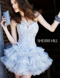 I wanna wear this somewhere, who wants to take me to prom?? lol