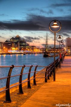 Walk along the river Liffey in Dublin I did this. Dublin is awesome! Dream Vacations, Vacation Spots, Vacation Rentals, Places To Travel, Places To See, Travel Destinations, Places Around The World, Around The Worlds, E Dublin