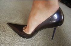 Tumblr is a place to express yourself, discover yourself, and bond over the stuff you love. It's where your interests connect you with your people. Patent Heels, Stiletto Heels, Pumps, High Class, Sexy High Heels, Sexy Feet, Patent Leather, Kitten Heels, Wedges