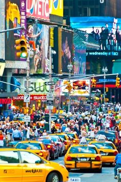 NYC. Colourful Broadway