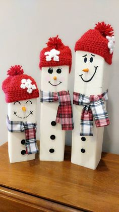 Made to order wooden snowman family. Sold as sets of three, but just message us know if you would like a larger family. Additional child size snowmen available here: ideas for couples Snowman Family - set of 3 Wooden Christmas Decorations, Christmas Wood Crafts, Outdoor Christmas, Christmas Snowman, Rustic Christmas, Holiday Crafts, Christmas Ornaments, Primitive Christmas, Christmas Christmas