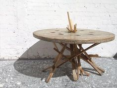 fast recycled wood table