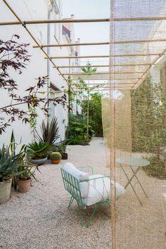 40 Fascinating Side Yard And Backyard Gravel Garden Design Ideas That Looks Cool - Garden & Outdoor - Outdoor Spaces, Outdoor Living, Brick Patterns Patio, Gravel Garden, Vegetable Garden Design, Backyard Patio, Pergola Patio, Pergola Kits, Pergola Ideas