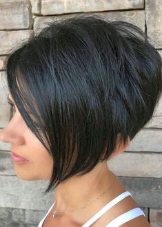 Undercut Hairstyles Women, Face Shape Hairstyles, Easy Hairstyles For Medium Hair, Round Face Haircuts, Hairstyles For Round Faces, Short Hairstyles For Women, Hairstyles Haircuts, Undercut Pixie, Pixie Haircuts