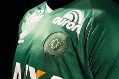 Camisas da Chapecoense 2016-2017 Umbro Titular 2