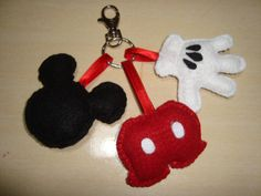 "mickey de feltro by a_legria ""Aline"" ; ), via Flickr"