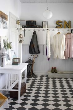 lookslikewhite Blog Hallway Inspiration, Home Decor Inspiration, Hall Cupboard, Checkerboard Floor, Mudroom Laundry Room, Aesthetic Space, Black And White Tiles, Beautiful Space, Beautiful Interiors
