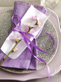 Napkin decorating idea - purple wedding ideas
