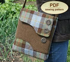 Darling vintage Messenger Bag PDF pattern --Darling made in wool, or could be charming with denim and patchwork!