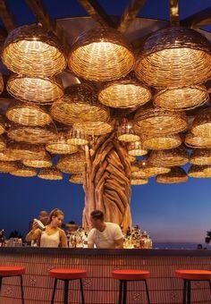 Outdoor Restaurant Design, Deco Restaurant, Rooftop Restaurant, Restaurant Interior Design, Rooftop Bar, Coffee Shop Interior Design, Cafe Design, Cafe Bar, Rooftop Design