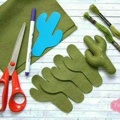 Felt cactus garland 😀 Almost done 🤗 - Cactus DIY Felt Crafts Diy, Felt Diy, Baby Crafts, Fabric Crafts, Crafts For Kids, Felt Garland, Felt Ornaments, Diy Garland, Cactus Craft