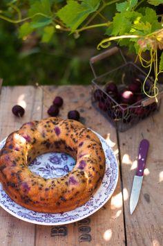 Gâteau à la cerise noire, amande et pépites de chocolat ( Sans Lait, IG Bas )