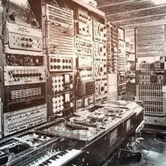 Music production #vintage #studio #music #gear #hardware #musicproduction #oldies