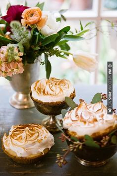 mini meringue | CHECK OUT MORE IDEAS AT WEDDINGPINS.NET | #weddingcakes
