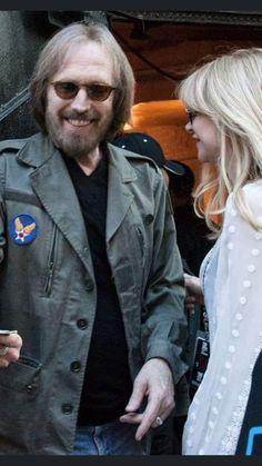 King Bee, Judas Priest, Tom Petty, Ozzy Osbourne, Rock Legends, Pink Floyd, Singer, People, Entertainment