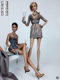 Fashion royalty champagne glasses with swarovski crystals