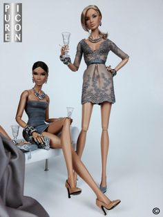Fashion royalty champagne glasses with swarovski crystals