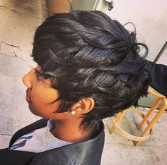 Best Ideas For Short Haircuts : Beautiful cut by Tiara Nelson community. Short Sassy Hair, Short Hair Cuts, Short Pixie, Short Hair Hacks, Pixie Cuts, Dope Hairstyles, Pretty Hairstyles, Black Hairstyles, Hairstyle Ideas