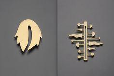 Left: Alessandro Mendini, pendente 6, 24 carat gold, 2014, cm h.8,4. Right: Alessandro Mendini, pendente 9, 24 carat gold, 2014, cm h.9,6