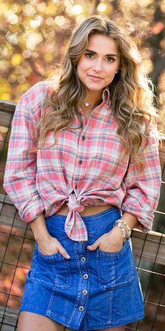 #southernshirt #fallfashion #winterfashion #womensfashion #comfy #flannel #outfit #enjoythegoodlife Southern Shirt Company, Country Women, Button Down Collar, Cuff Sleeves, Flannel, Winter Fashion, Comfy, Style Inspiration, My Style