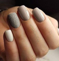 The advantage of the gel is that it allows you to enjoy your French manicure for a long time. There are four different ways to make a French manicure on gel nails. Simple Nail Designs, Beautiful Nail Designs, Nail Art Designs, Nails Design, Gel Nagel Design, Super Nails, Nagel Gel, Flower Nails, Perfect Nails