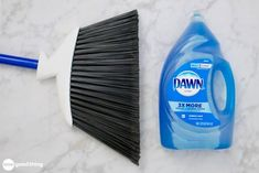 14 Clever Deep Cleaning Tips & Tricks Every Clean Freak Needs To Know Household Cleaning Tips, Deep Cleaning Tips, Toilet Cleaning, House Cleaning Tips, Diy Cleaning Products, Cleaning Solutions, Spring Cleaning, Cleaning Hacks, Bathtub Cleaning